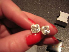 NIB Halo Square and sparkly CZ Stud Earrings - Great looking! - Princess cut!
