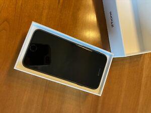 Apple iPhone 7 - 128GB - Black (Unlocked) Verizon CDMA GSM UMTS LTE