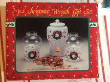 Clover Dept Store 3 Piece Christmas Wreath Gift Set. Minmb