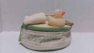 Avon mark. Vanilla White Tea Bath Kit