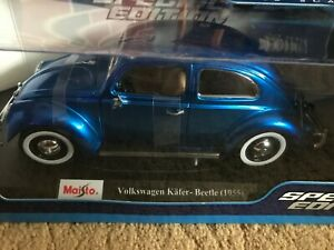 Maisto Special Edition 1:18 Die Cast Vehicle Volkswagon Kafer-Beetle 1955 Blue