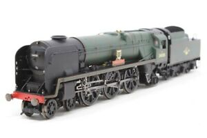 Hornby R2708 BR 4-6-2 Rebuilt West Country Locomotive 34008 PADSTOW - Boxed