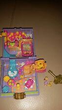 Vintage 1996 Polly Pocket Toyland Juguete Tierra Encantada Libro y clave púrpura raro