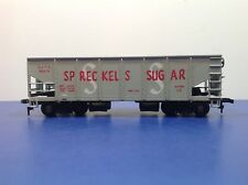 "HO Scale ""Spreckels Sugar"" GACX 42674 2-bay Covered Hopper Freight Train Car"
