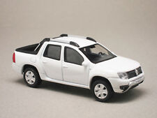 RENAULT DUSTER OROCH blanc, voiture miniature NOREV 511317