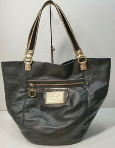 COACH POPPY BELLA BLACK LEATHER WITH GOLD TRIM AND HANDLES #15285
