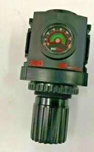 "R372C1-600 ARO Ingersoll Rand Air Regulator 3/8"" with flush Gage 140 psi"
