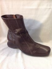 Essence Brown Ankle Leather Boots Size 6