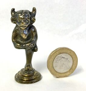 Chunky Brass Lincolnshire Imp Pipe Tamper/Seal, Just 5 cm High, 51 Grams