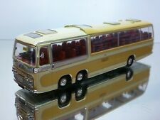 CORGI TOYS BEDFORD VAL BUS COACH SMITH'S TOURS - BOURNEMOUTH - 1:50? - VERY GOOD