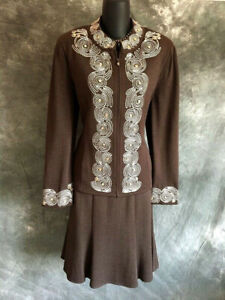 BEAUTIFUL St John collection knit 2pc jacket skirt suit size 10