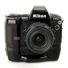 Nikon F90X mit Batteriegriff MB-10