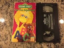 SESAME STREET DO THE ALPHABET VHS 1996 BIG BIRD CHILDRENS EDUCATIONAL PBS KIDS!