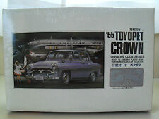 """ARII """"OWNERS CLUB"""" (1955) '55 TOYOPET CROWN 1/32 SCALE MODEL KIT (OPENED)"""