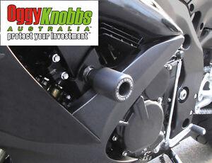 OK728 SUZUKI GSXR600-750 2008-10 OGGY KNOBBS NO CUT KIT(BLK KNOBS) Frame Sliders