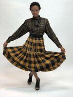 Vintage 1970s Oscar de la Renta Plaid Skirt with Wide Belt