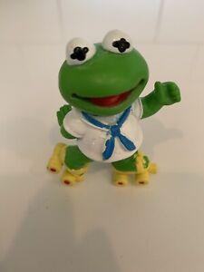 Vintage Baby Kermit The Frog Roller Skates PVC Figure