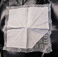 WHITE WEDDING HANKIE WITH CORNER LACE AND EDGES