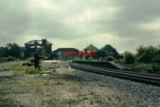 PHOTO  LONDON TRANSPORT NORTH. WEALD RAILWAY STATION. L.E. 17.06.93.