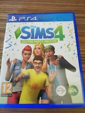 The Sims 4: Deluxe Party Edition (PlayStation 4)