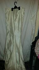 VINTAGE RETRO ?  BEIGE STRAPLESS WEDDING DRESS WITH TRAIN 32 CHEST