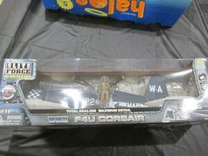 Elite Force Ultimate Soldier F-4U Corsair #22 Checkered, VERY RARE 1/18