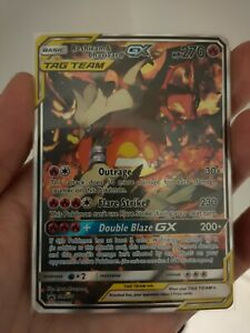 Pokemon Sun & Moon Promos Reshiram & Charizard GX SM201 minor wear