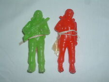 "VINTAGE 5"" HOLLOW PLASTIC PARACHUTE JUMPERS PLASTIC ARMY MEN UNUSED! RED GREEN"