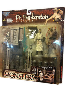 1998 Todd McFarlane's Monsters Series 2 Dr. Frankenstein Playset Action Figs