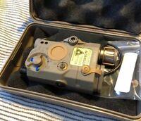 WADSN PEQ 15 LA5 LED White Flashlight Red Laser IR Pointer Device - FDE EX276