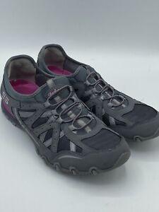 Skechers Women's Size 8.5 Slip On Gray & Pink Bungee Biker Sneaker Tennis Shoe