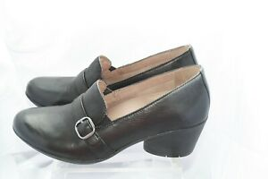 Dansko women's shoes used once leather size 8 cushioned super comfort 2in heels