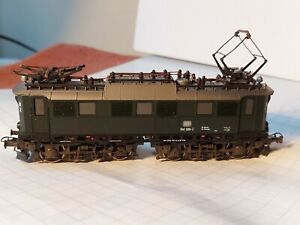 Locomotiva Roco BR144DB