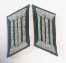 WW2 GERMAN ARMY OFFICER  GREEN PIPING COLLAR TABS GREEN UNDERLAY