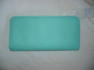Time And Tru Ladies Slim Wallet Credit Card Case W ID Viewer Spearmint Color
