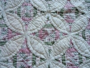 Queen French Country Quilt and Shams