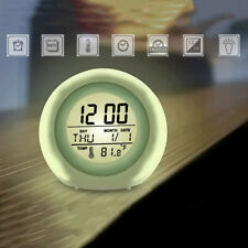 Best Alarm Clock for Kids Wake up Light Premium Digital Display Model, White。