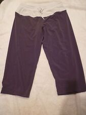 Lululemon crop pant gray pant with white drawstring SZ 6-EUC!!!