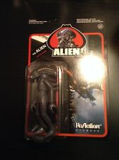 """FUNKO loot crate Reaction The Alien 3/4 """" Action figure 1979 movie"""