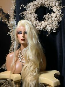 """STUNNING! LIGHT BLONDE,  32"""" Long, EXTENDED LACE FRONT, HUMAN HAIR BLEND WIG!!"""