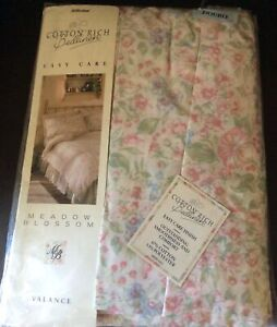 M&S  Easy Care Double Bed Pink  Meadow Blossom Valance New