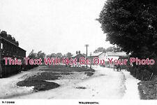 HF 105 - Walsworth, Hertfordshire - 6x4 Photo