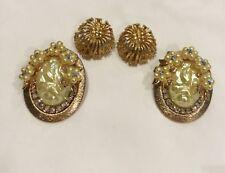 Tone Earrings Aurora Borealis Rhinestones Vintage 2 Pair Clip On Gold