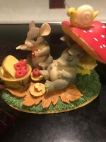 CHARMING TAILS LIFE'S A PICNIC WITH YOU 83701~ RARE CUTE (C1)