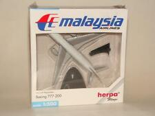 NEW HERPA WINGS 506540 MALAYSIA AIRLINES BOEING 777-200 W/ REG. 1:500 SCALE NIB