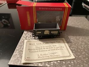 Hornby R501 OO Gauge 27t Mineral Wagon Lion Works