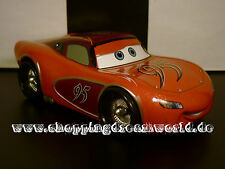 Disney Cars Lowrider Exclusive 95 Cruisin Lightning McQueen 1:43 Oversized Pixar