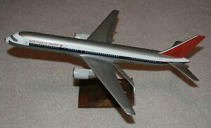 Vintage 1/100 Wesco Northwest Orient Boeing 757-200 Desktop Airplane Model
