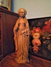 Statue de dame de cour de style renaissance, plâtre imitation bois, h:51cm.