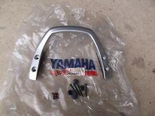 YAMAHA FZS600 FZER REAR GRAB HANDLE 5DM W0736 00 NOS INC FIXING BOLTS. 30